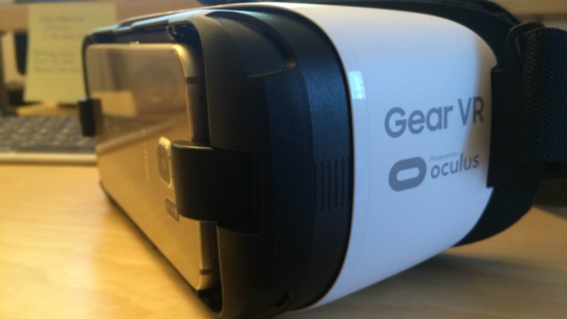 First Look at the Samsung Gear VR