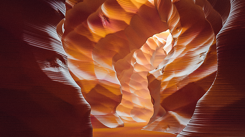 Creating a Procedural Antelope Canyon